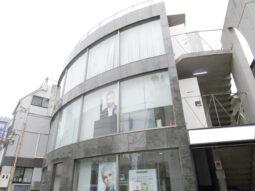 【店舗物件紹介】神宮前!前面ガラス張り!視認性◎